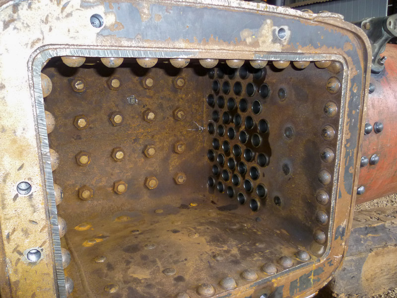 Inside the box showing the girder stays, palm stays and tubes newly fitted.