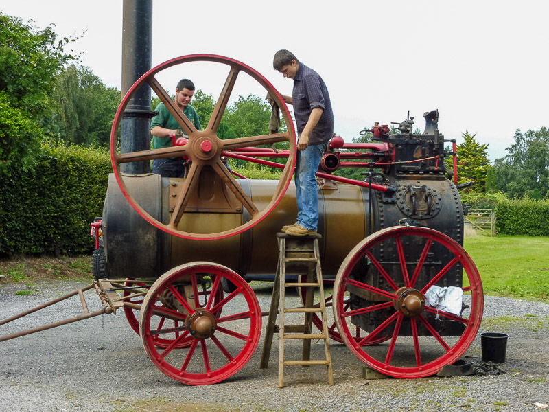 Dan Jones and our Sam Goddard have been doing some repairs on the 10hp Brown and May Trusts' engine No. 6226.